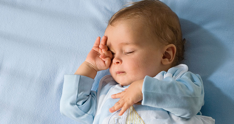 Wie viel Schlaf braucht mein Baby? | HiPP Bio